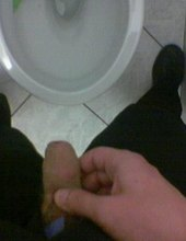 pissing 2