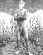 Nuda u vody...