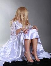 Bílé šatičky