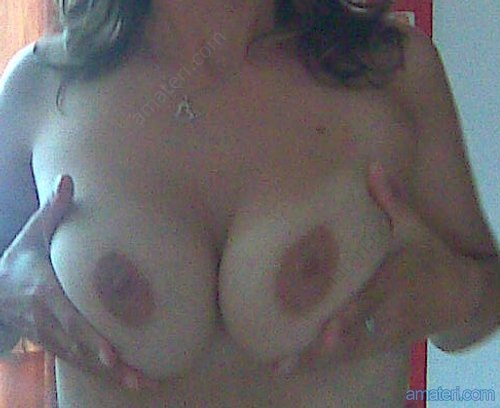 www amateri pěkná prsa