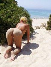 Slunce , písek a.....