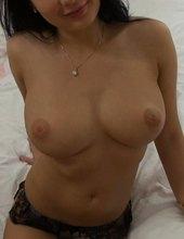 Sexy girl seduced