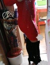 V červenom