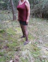 v lesiku