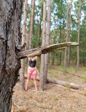 Moja polovička v lese.