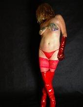 červený latex II