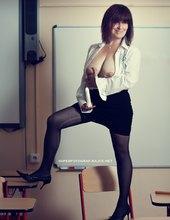 Učitelka sexu (hledá žáky)