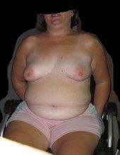 triko dolu! a hezky ukaž to svý tlustý tělo subko