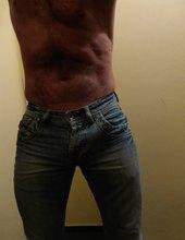 džíny..