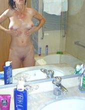 Beim Haare waschen