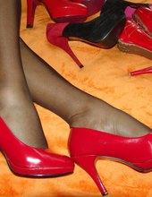 Všude nohy