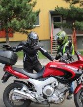 Holky a mašiny - sex a motorky