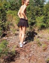 V lesíku 11