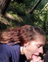 Papání v lese na houbach