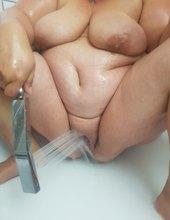 Hraní se sprchou