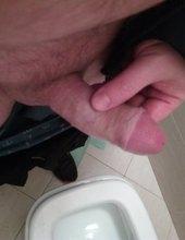 Toalete a postavenie pera