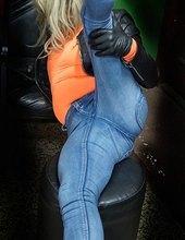 Jeans-milf