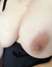 jiggly boobies