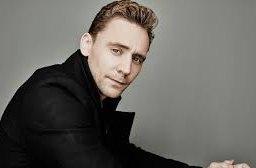 Tom Hiddleston: Hrát nahotu mě učili už na škole