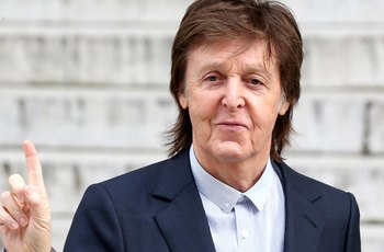 Paul McCartney: Masturboval jsem s Johnem Lennonem