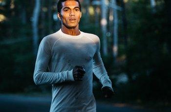 Aktivně sportující muži vydrží do ejakulace dvakrát delší soulož