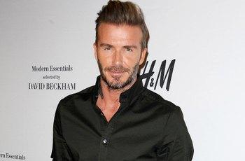 David Beckham na Vánoce potěšil fanoušky svou nahotou