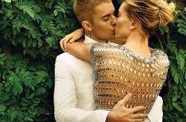 Justin a Hailey Bieberovi nafotili polonahou kampaň na spodní prádlo