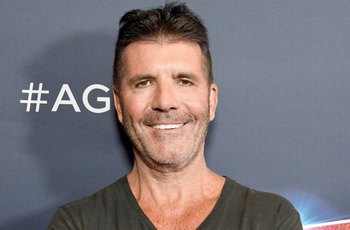 Simon Cowell rozzuřený utekl z konkursu Talentu. Pricasso namaloval penisem jeho portrét