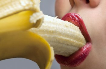 Lidé, kteří měli za život orální sex s více než devíti partnery, mají čtyřikrát častěji rakovinu úst