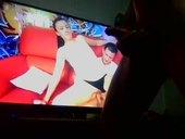 hoňka u TV