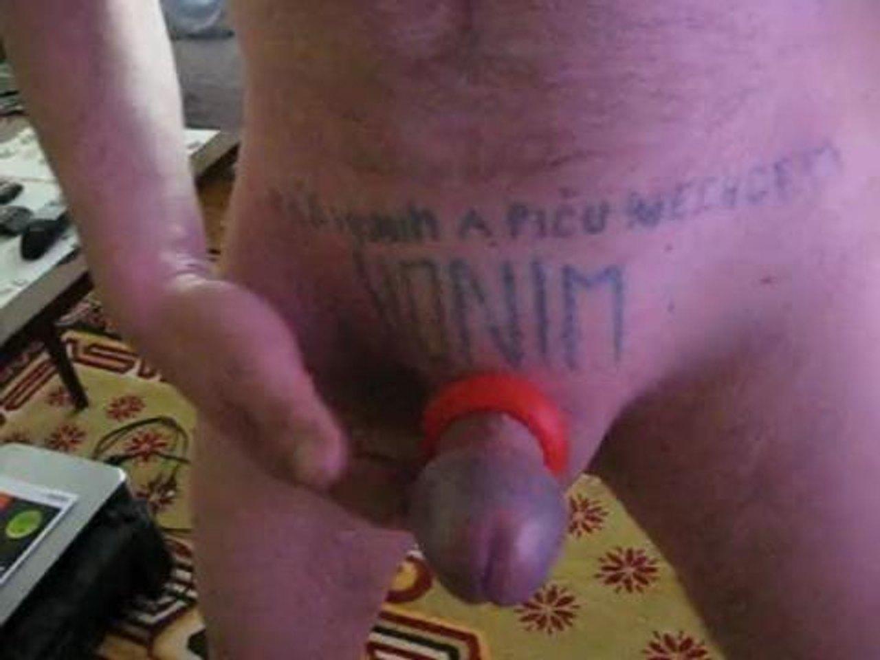 muž výstrek videáMILF Deepthroat fajčenie