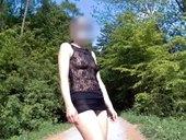 Erotický obleček v přírodě